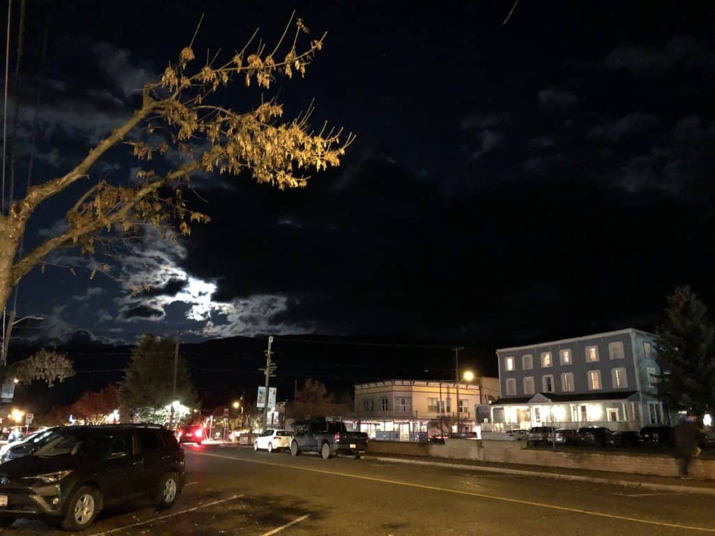 Spooky Downtown Armstrong - Halloween Ghost Walk